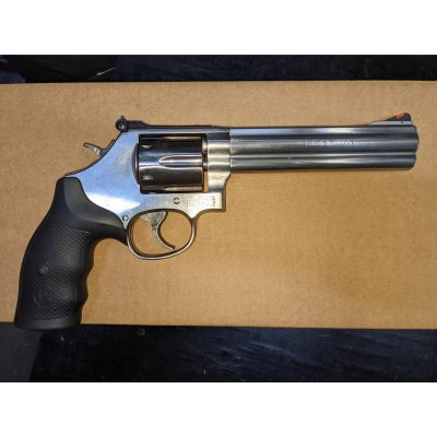 Smith and Wesson – 686